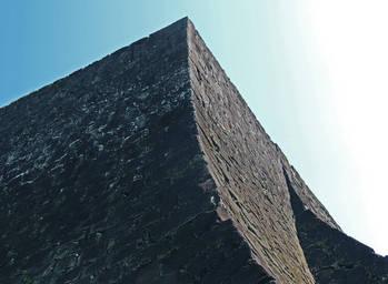 熊本城の石壁_巨岩